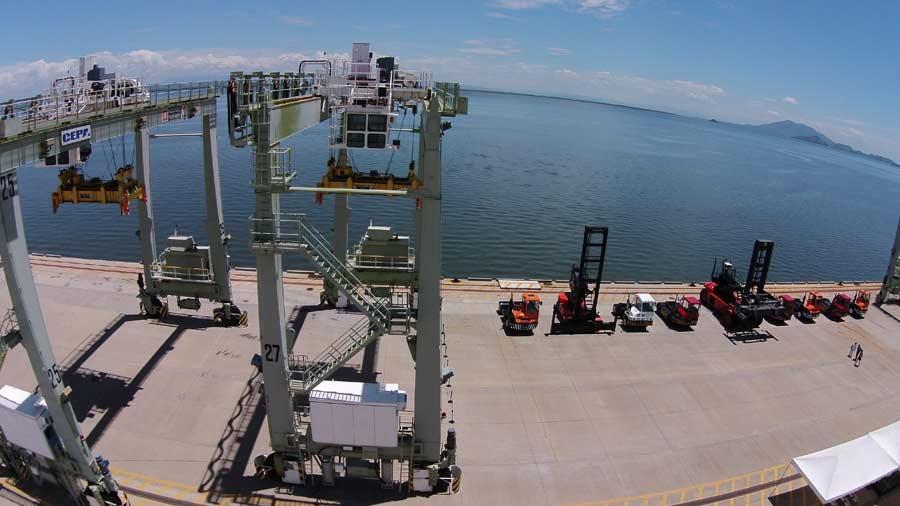 US Officials Warn El Salvador of Negotiating Ports and Island with China
