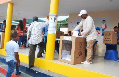 CODEPINK Electoral Observation Delegation Arrives in Ecuador