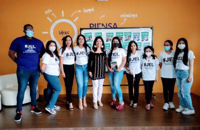 Writing For a Change: Jóvenes Escritores Latinos